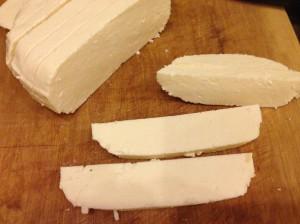 Адыгейский сыр для жареной рыбы