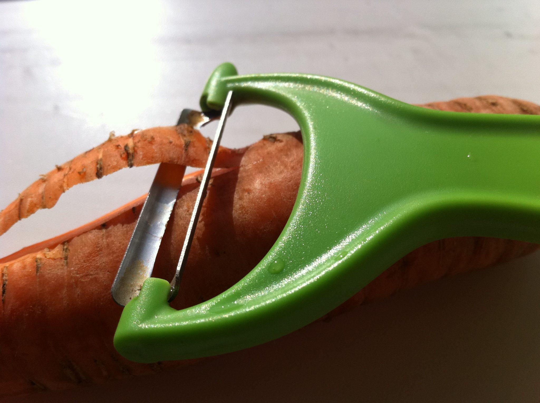 Чистка для овощей - картошки моркови, буряка, авокадо