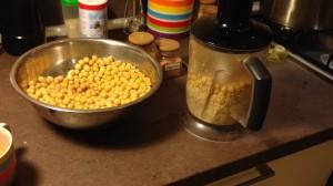 хумус в блендере