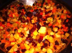 Овощи порезаны кубиками
