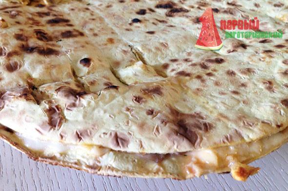 Пицца на лаваше тонком
