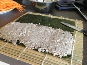 Как скрутить суши-роллы